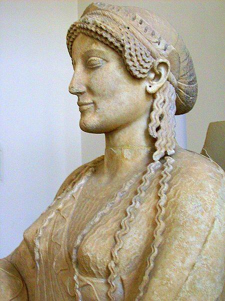 Throning_goddess_(Persephone)_480-460_BC_(Sk_1761)_3