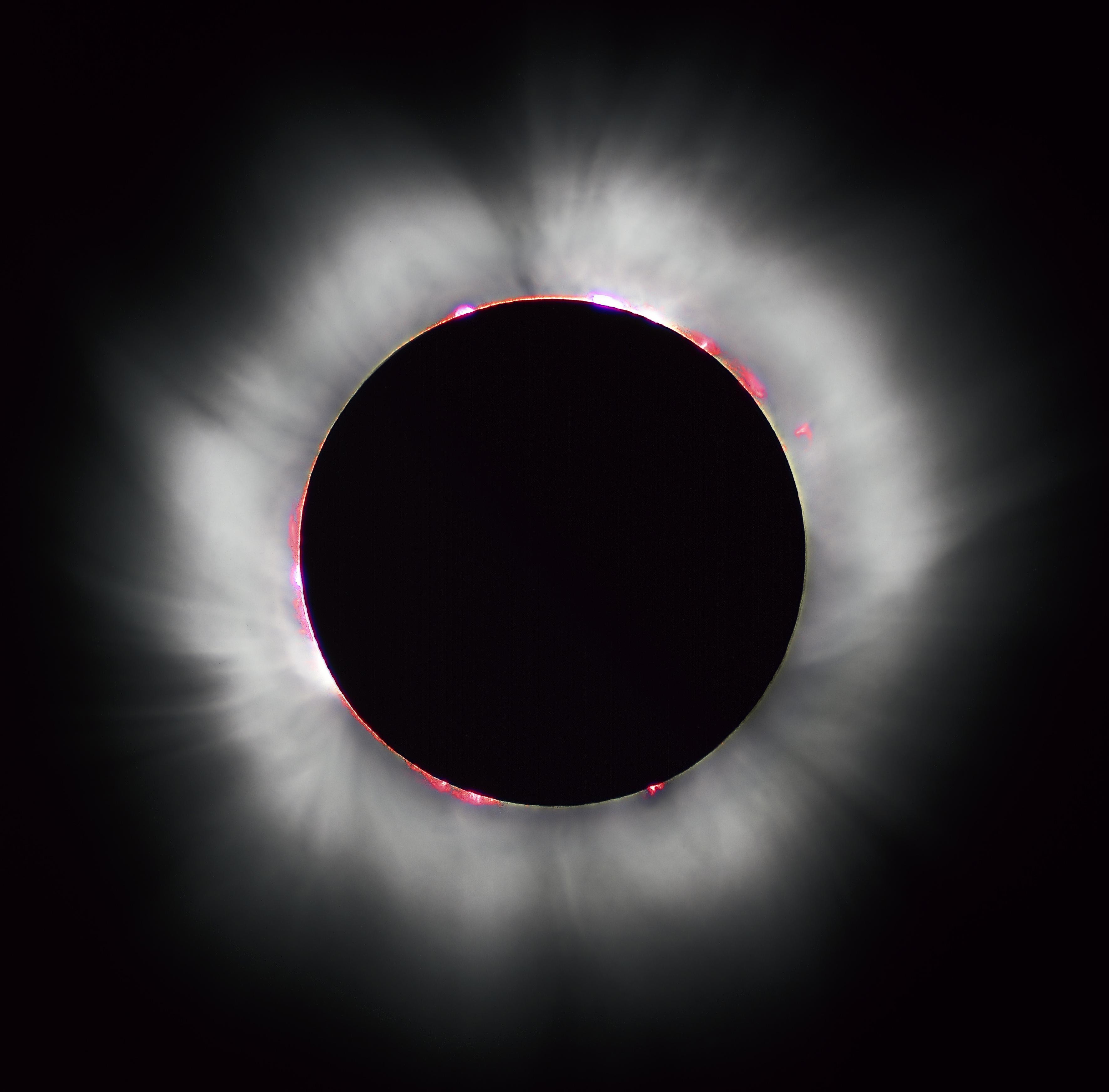 Solar_eclipse_1999_4_NR-2