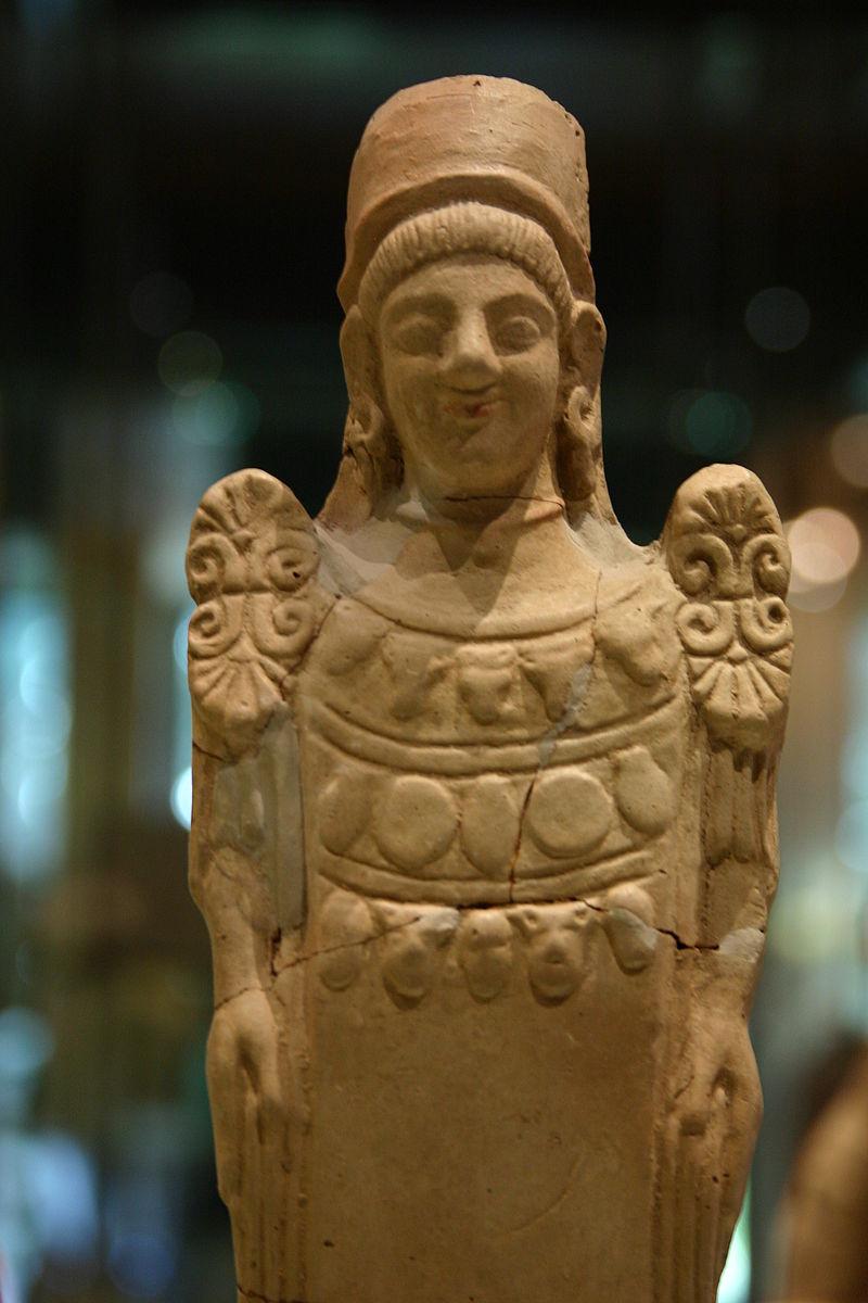 Demeter_figurine_-_Museo_Archeologico_Regionale_-_Agrigento_-_Italy_2015_(2)