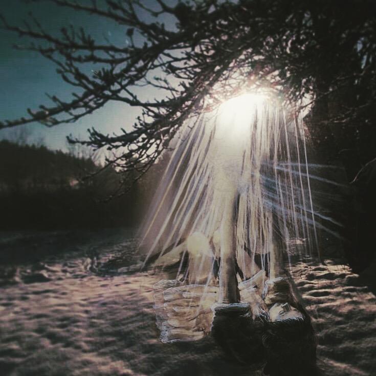 Light _ snow _shadow _ rest
